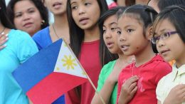 Winnipeg children celebrating. (Filipino Journal)